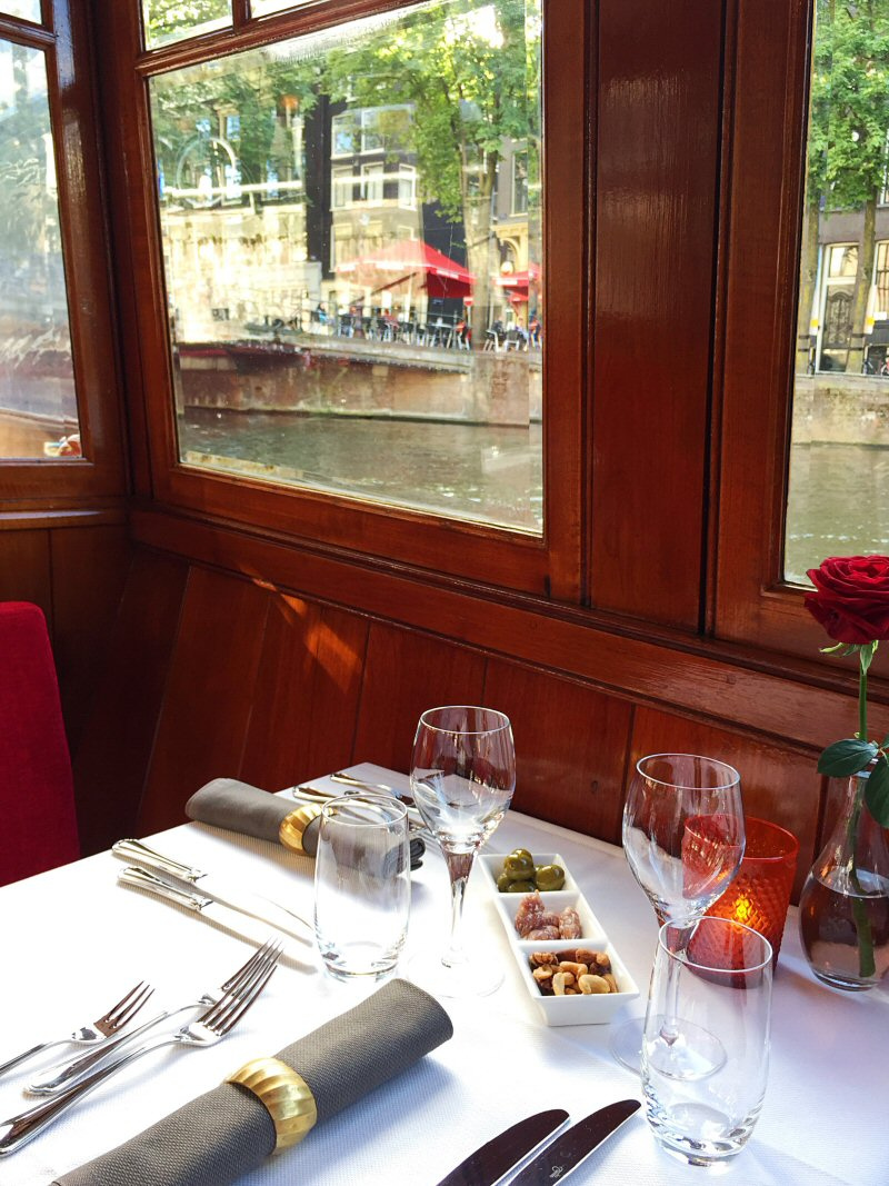 romantic dinner cruise food amsterdam