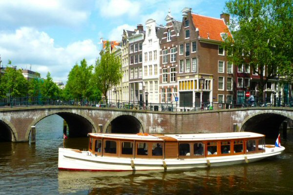 private cruise amsterdam canals